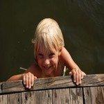 1098933_hanging_on_summer_2