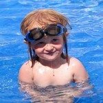 850640_swimming_kids_1