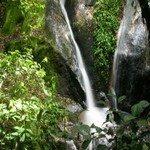 1083493___waterfall__