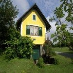 1271941_ideal_holiday_house