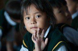 adoptovat-tibetske-dite-muzete-i-vy