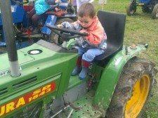 knizkova8_traktor