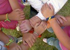 8-hands-1285842-m