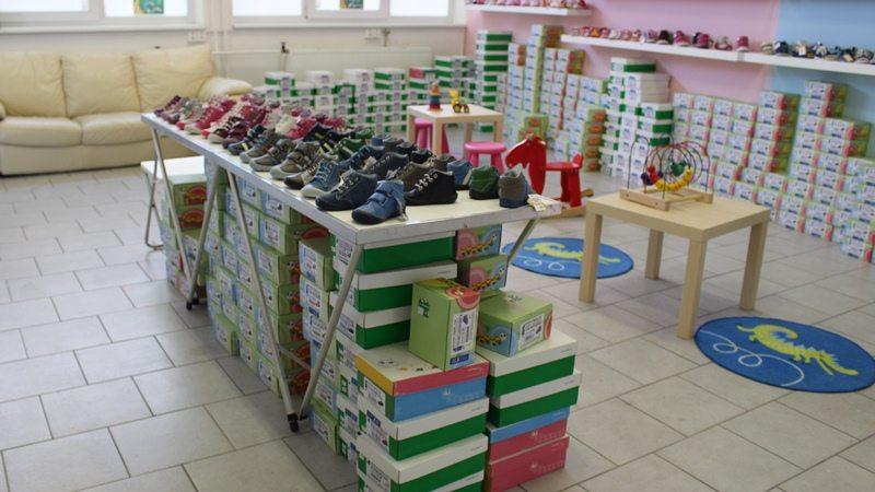 Nová prodejna a výdejna dětské obuvi DPK byla otevřena ve Zlíně ... a788d5648a